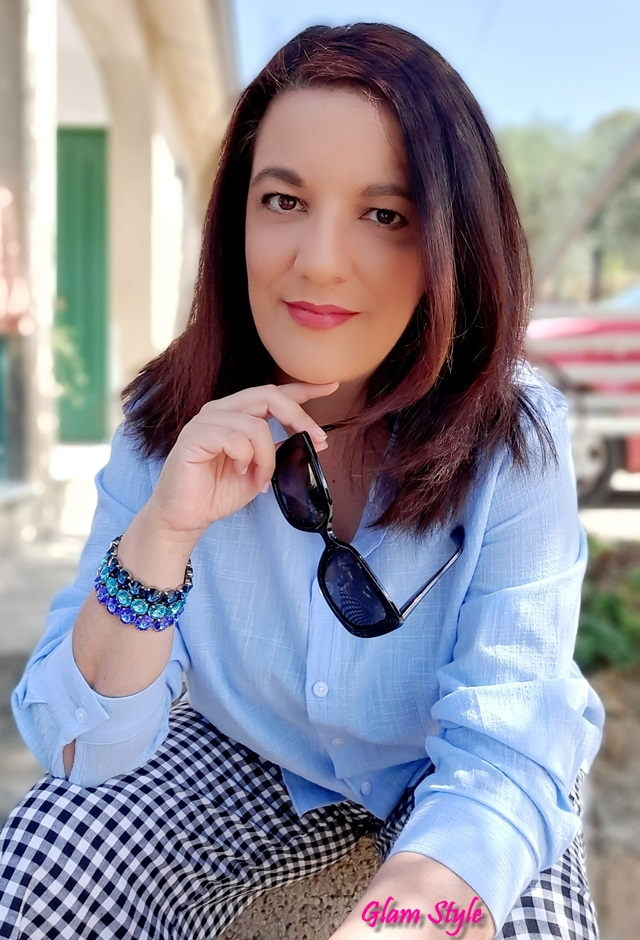 camicia azzurra donna