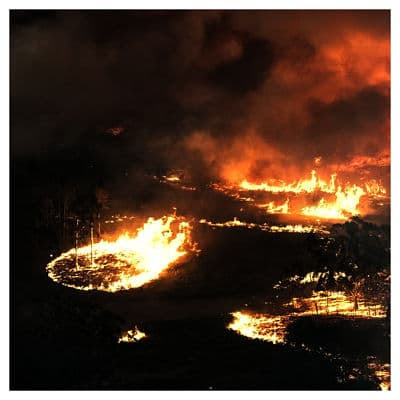 Un Bombero muere en Incendio Forestal en Australia