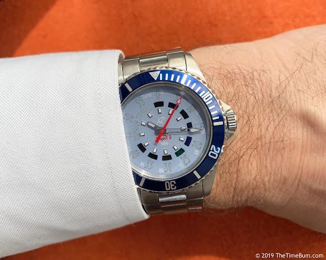 Havaan Tuvali Project R blue wrist