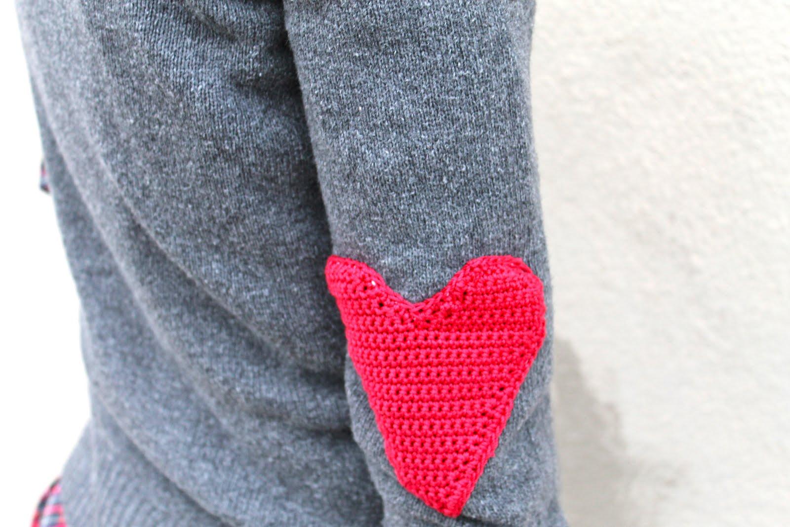 Sans limites crochet heart elbow patches diy for Elbow patch template