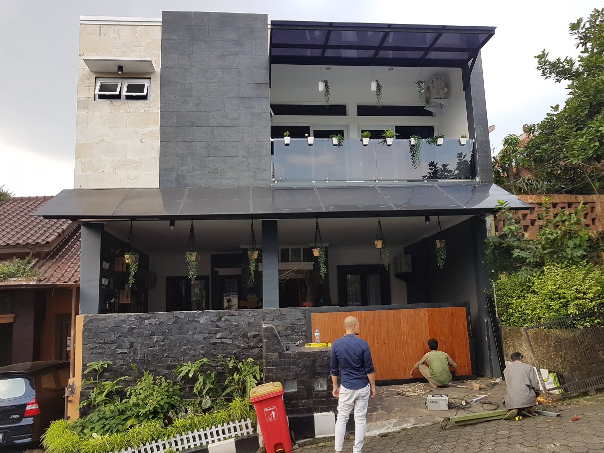 Hasil proyek renovasi Total rumah 1 1/2 Lantai menjadi rumah 2 Lantai milik Bpk Peter Djukardi di Cluster Panorama Pamoyanan Hijau,Pamoyanan, Bogor, Tahun 2017