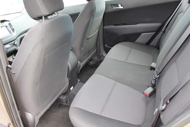 Hyundai Creta Pulse Plus 1.6 A/T 2019 - espaço traseiro