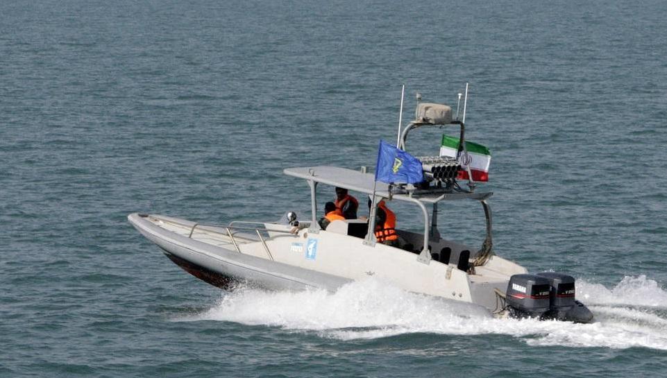 Militer Iran dikabarkan menahan sebuah kapal tanker Inggris di Selat Hormuz