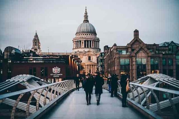 تكاليف السياحة في بريطانيا