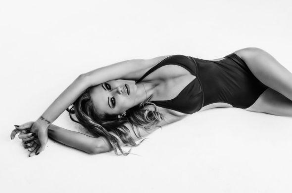 Krzysztof Budych 500px arte fotografia mulheres modelos sensuais beleza fashion preto e branco