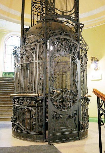 Ascenseur Art Nouveau