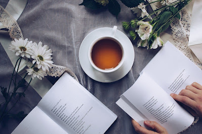 Ingin Membuat Kumpulan Puisi yang Baik dan Benar Ala Kahlil Gibran? Yuk Simak Disini!