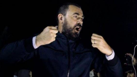 الزفزافي المضرب عن الطعام يتبرع بأعضائه ويكلف والده بشراء الكفن