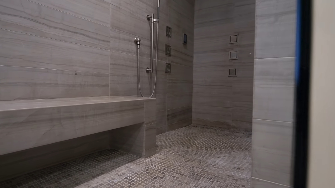 58 Interior Photos vs. Tour 663 Scenic Rim Dr, Henderson, NV Luxury Contemporary House