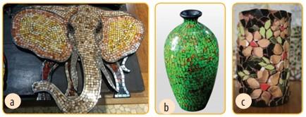 Produk kerajinan limbah pecahan keramik