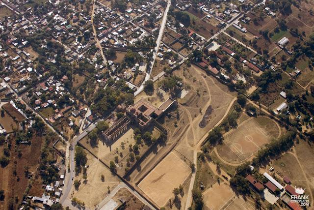 vista aerea del ex convento de cuilapam