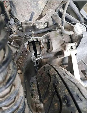 [Mengerikan] Diduga Habis Air Radiator, Honda Vario Ini Jebol Mesinnya