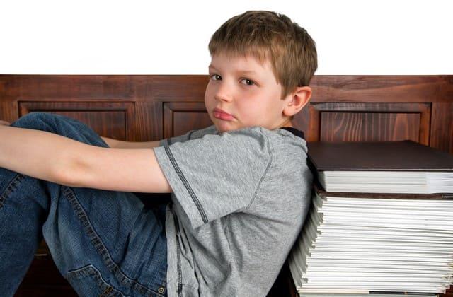 Kekerasan tidak akan membuat anak takut dan patuh, tapi justru membuat anak menjadi pribadi yang kurang baik