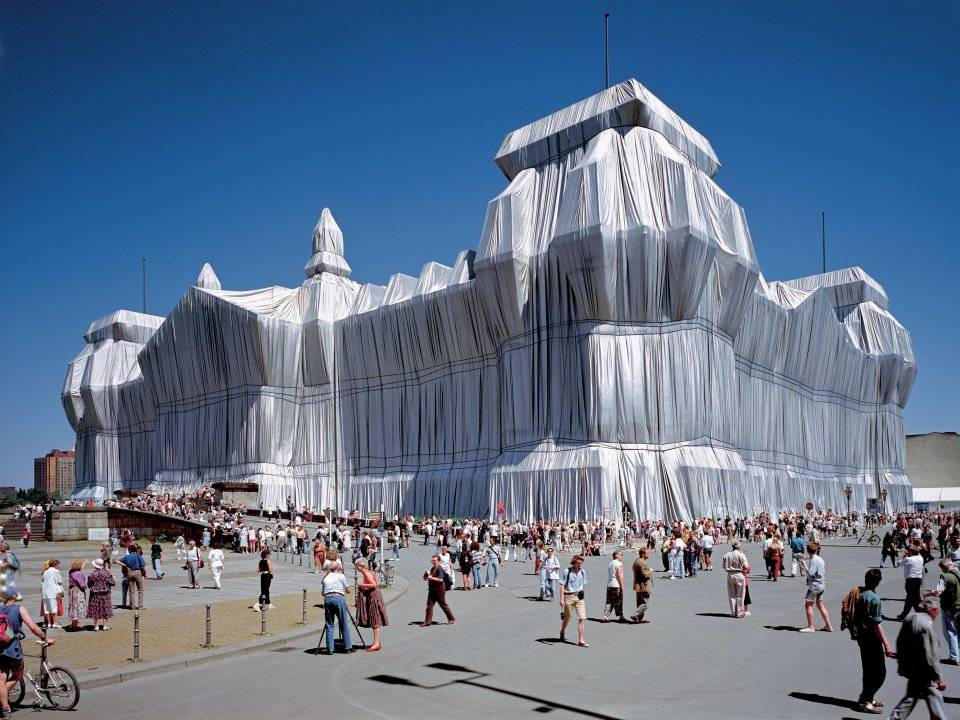 At the Auction House | Unwrapped: The hidden World of Christo and Jeanne-Claude