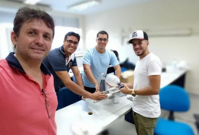 Respirador mecânico de baixo custo é produzido pelo Ifal em Alagoas