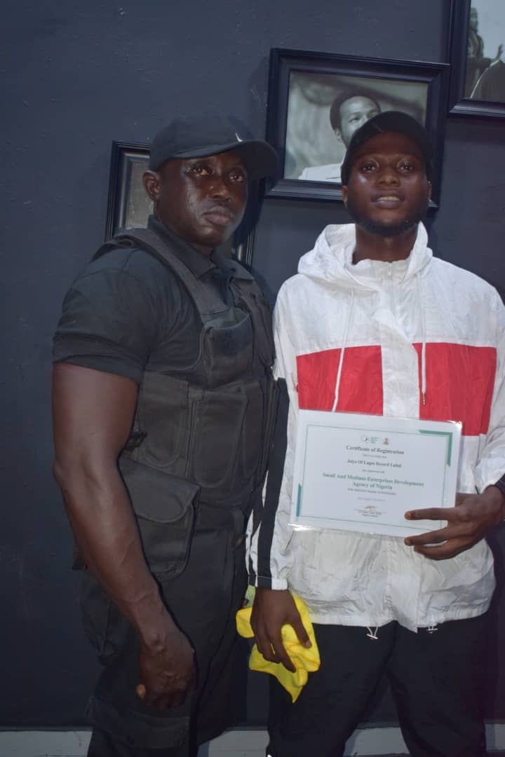 [E-news] Jaiye of Lagos records finally launched!! See pictures!!! #Arewapublisize [E-news] Jaiye of Lagos records finally launched!! See pictures!!! #Arewapublisize