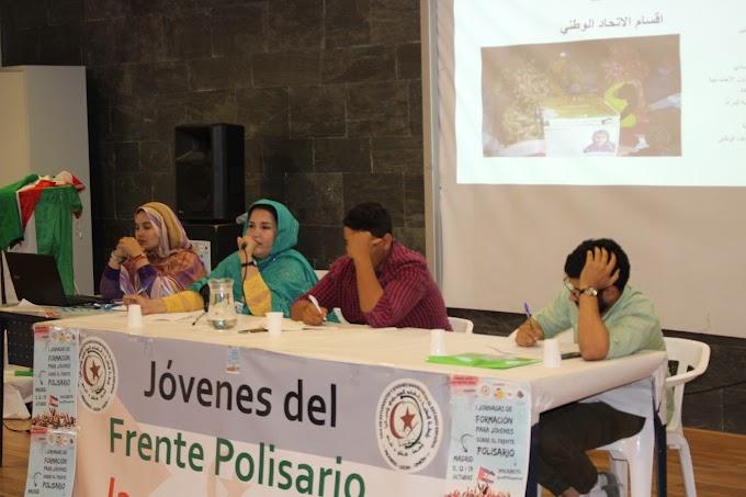 """""""Las mujeres saharauis tenemos un papel fundamental en la lucha de la liberación Nacional""""."""