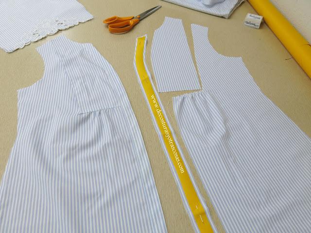 blusa fruncida con pechera