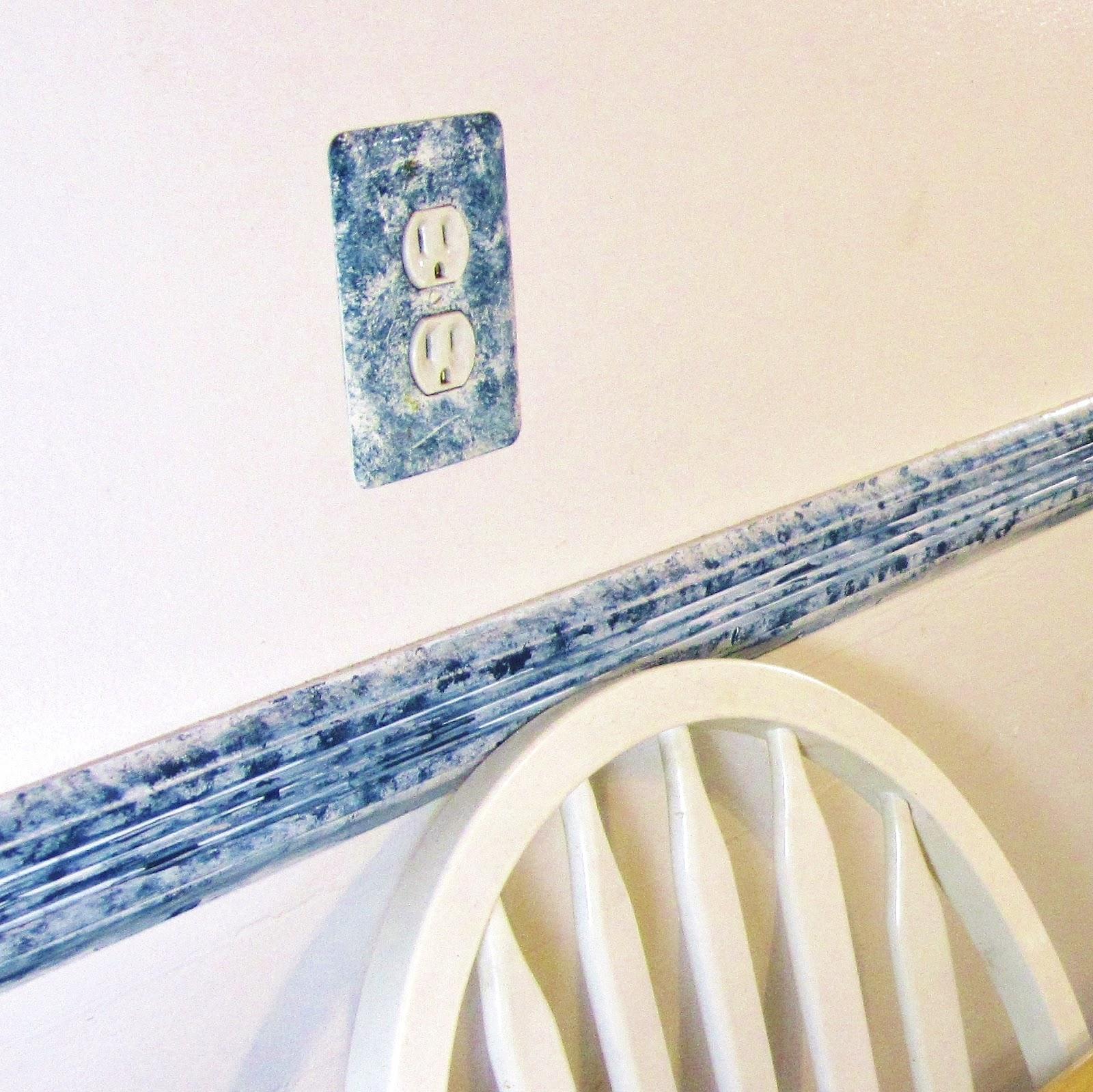 365 Designs: Chair Rail Remodel With Martha Stewart Crafts