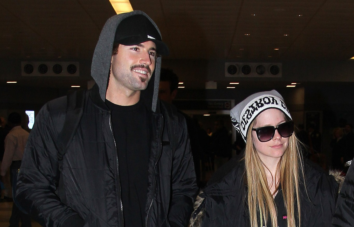 list of warning signs an abuser when dating: was brody dating avril during the hills