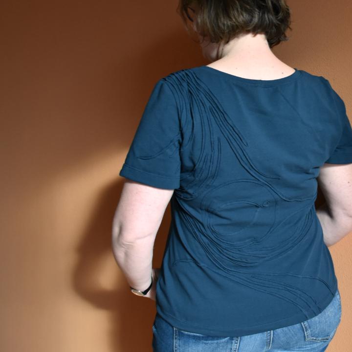 Ottobre 2/17 Shirt mit Jersey-Struktur