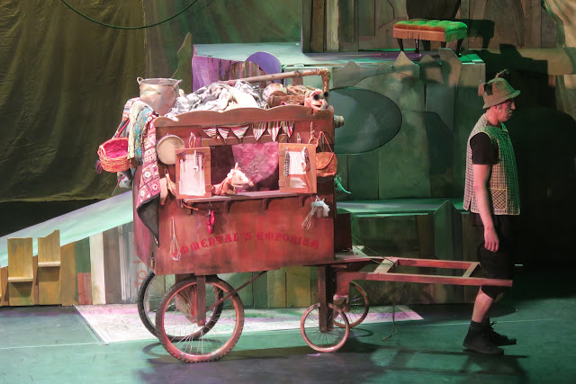 The travelling mice Puppet Panto The Berry Theatre