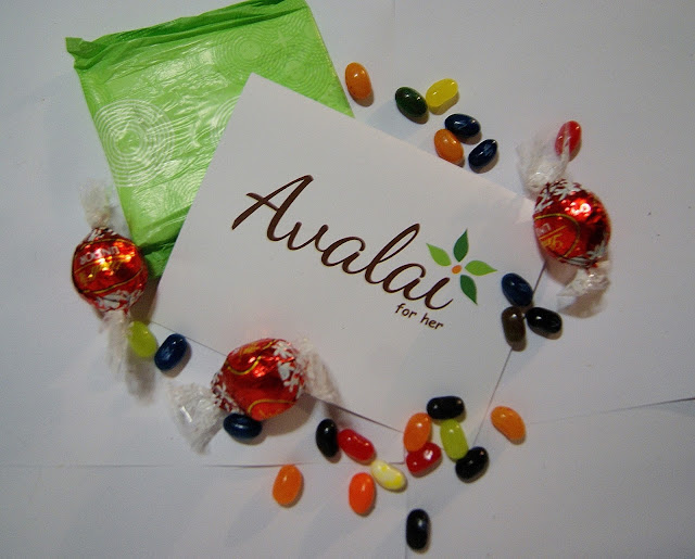 Avalai, subscription service, women, period, pads, tampons, chocolates, treats, soap, bath products, Toronto, Ontario, Canada, The Purple Scarf, Melanie.Ps, personal care