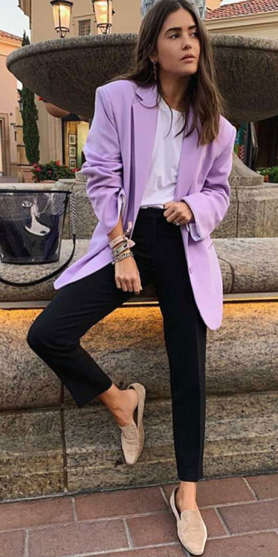 Looking forward to walking your workspace with style? Check out these 24 Stylish Summer Work Outfits for Women that are Office-friendly. Work Wear via higiggle.com | purple Blazer + pants | #summeroutfits #office #workoutfits #blazer
