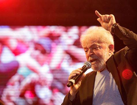 Tribunal julga caso que pode ser decisivo para volta de Lula à prisão