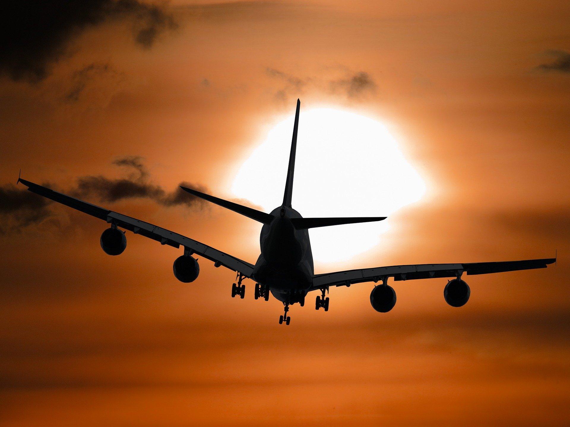 أديل طيران