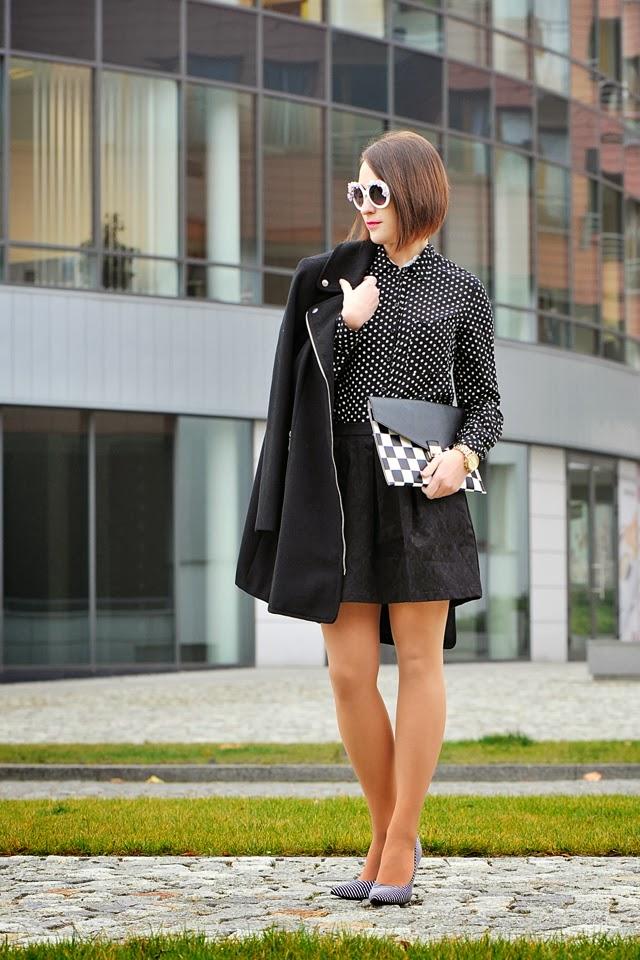czarna elegancka spódniczka
