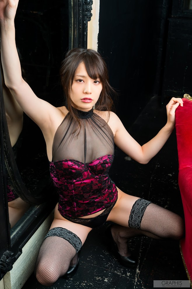 [Graphis] Airi Suzumura - Sexually Attractive