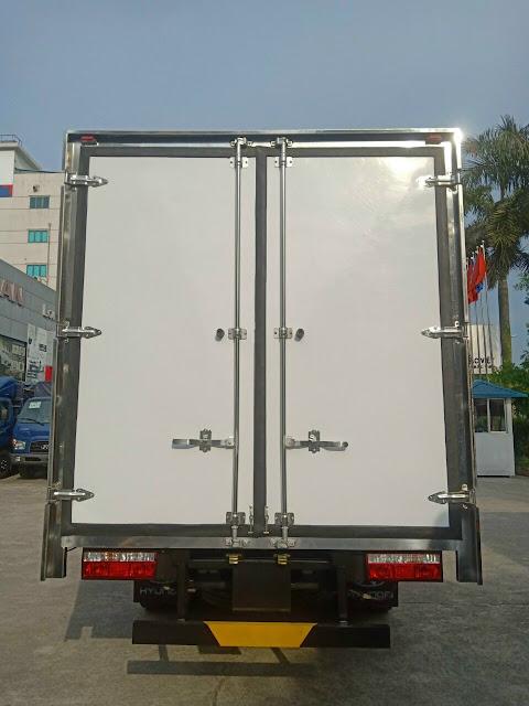 Đuôi thùng kín Hyundai EX8 GTS2 bảo ôn