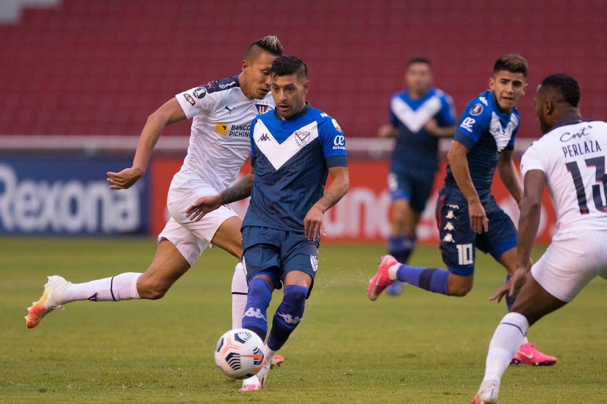 Vélez perdió ante Liga de Quito en Ecuador por la segunda fecha del Grupo G