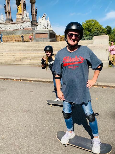 madmumof7 and daughter skateboarding in Kensington Gardens