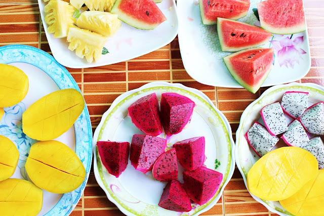 Fresh fruit, Phnom Penh, Cambodia - travel blog