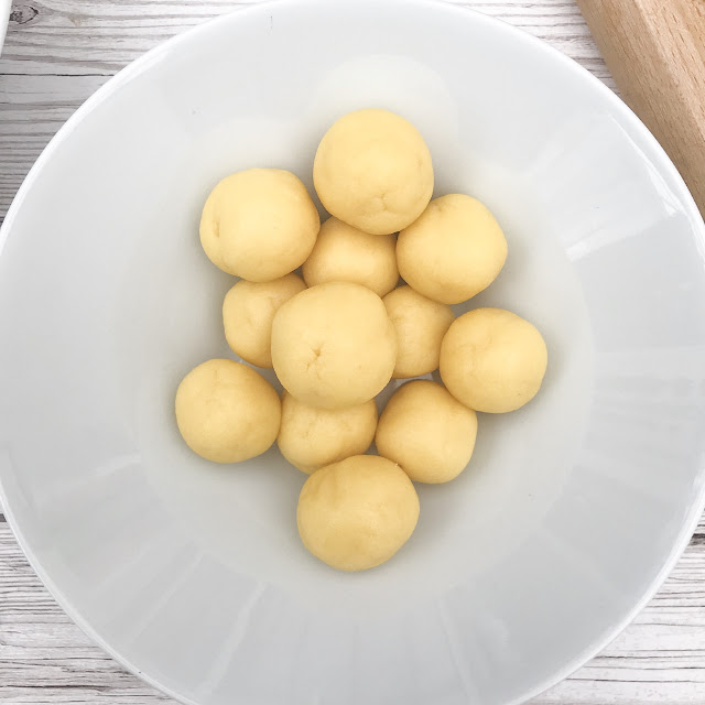 Balls of marzipan in a bowl