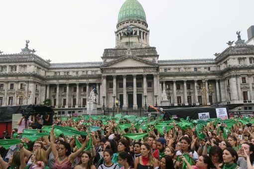 Presentan el cronograma para debatir el aborto en Argentina