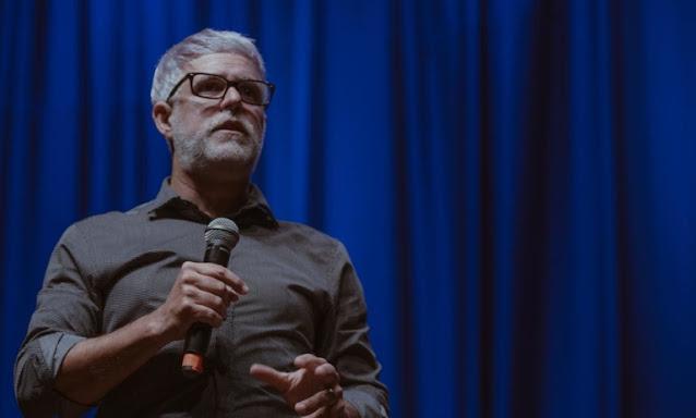 """Claudio Duarte: """"Primeiro Deus mostra o propósito e depois envia os recursos"""""""