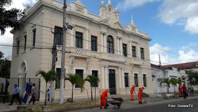 Desembargador cassa liminar de juíza de Goiana e devolve o Paço Municipal a Prefeitura