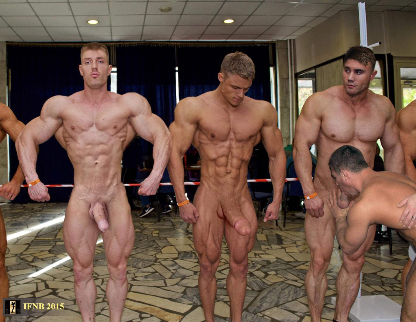 Men Posing Nude Pics