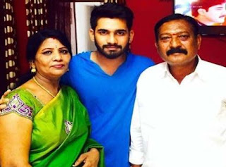 Akhil Sarthak Family Wife  Parents children's Marriage Photos