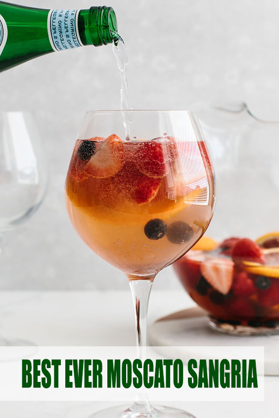 BEST EVER MOSCATO SANGRIA