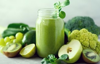 Kiwi, Spinach, Lettuce Smoothie