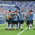 Grêmio faz 3 a 0 no Internacional e encaminha vaga para semifinal