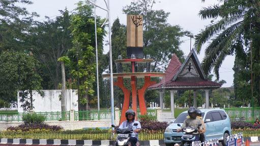 Akan Dibangun Setinggi 24 Meter, Tugu Raja Sangnauluh di depan Ramayana, Tapi ....