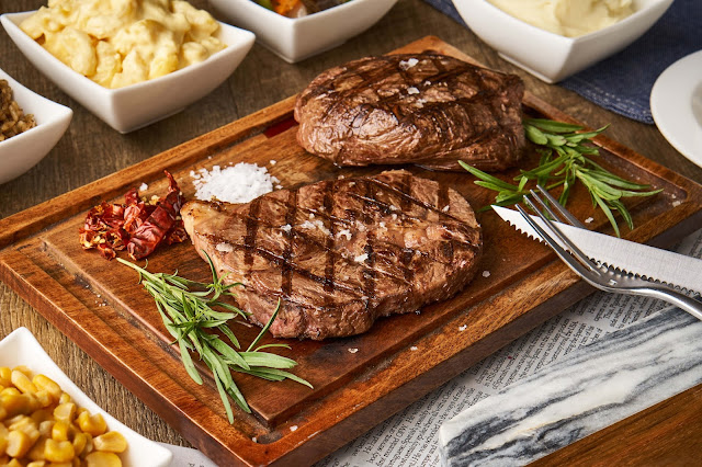 Johnny's Steak & Grill