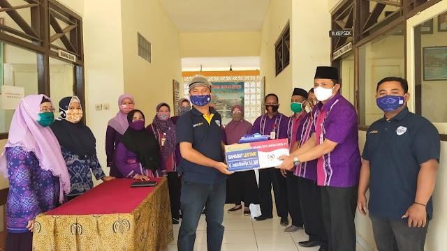 Yayasan Sahabat Lestari Memberikan Bantuan Masker Kepada SMP 1 Negeri Nalumsari Jepara