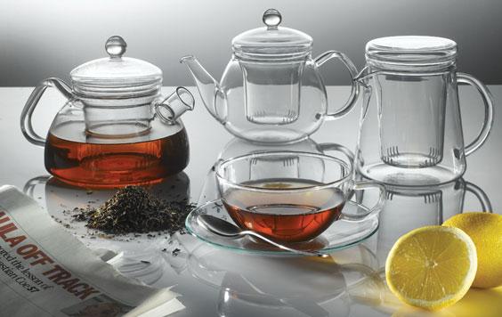 http://www.organicteashop.com/Glass_Kettles/glass_kettles.html