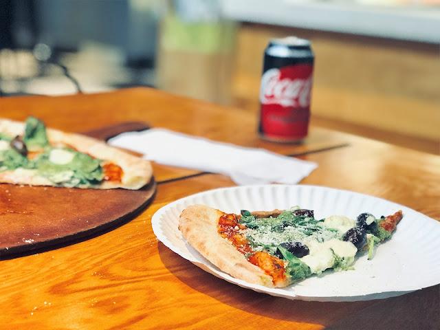 LaRuotapizza, pizzareataurant, visitcoquitlam, coquitlamfoodie, coquitlamtourism, pizzapie
